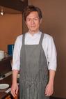 須藤 芳雄 氏