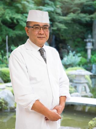 川村 満 氏