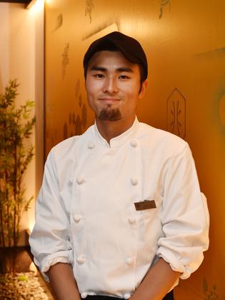 西野 聡 氏