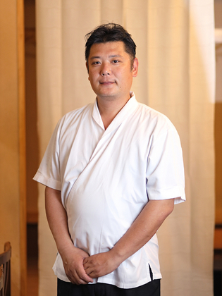 飯田 修三 氏