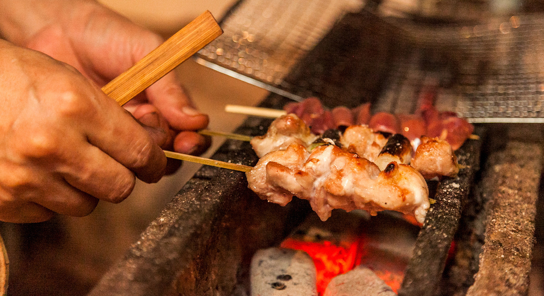 プロの料理人たちが勧める、本当に美味しい焼鳥店:東京編