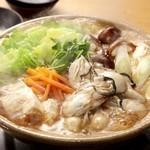 産地直送の新鮮な広島産生牡蠣を贅沢お鍋で堪能♪新鮮な馬刺し、お刺身もお楽しみいただける贅沢なコース!