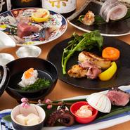 その日仕入れた新鮮な旬の食材を極上の調理法でご用意する厳選コースです。